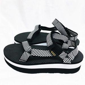 Teva Platform Universal Platform Sandal In Zebra